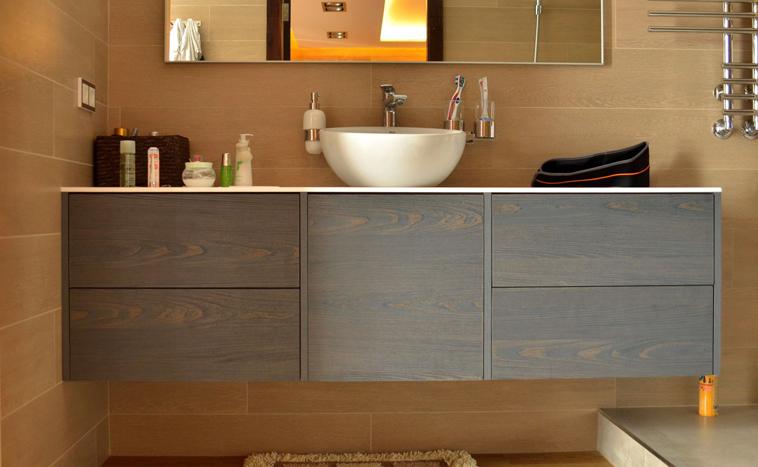 Корпусная мебель для ванной на заказ в Северске