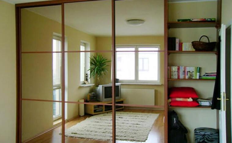 Двери с зеркалом для шкафов купе в Северске
